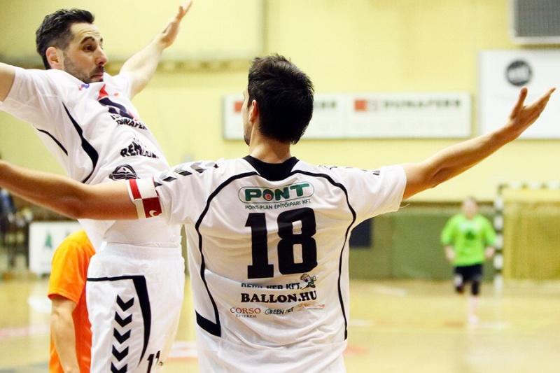 dunaferr_futsal_ballon.hu